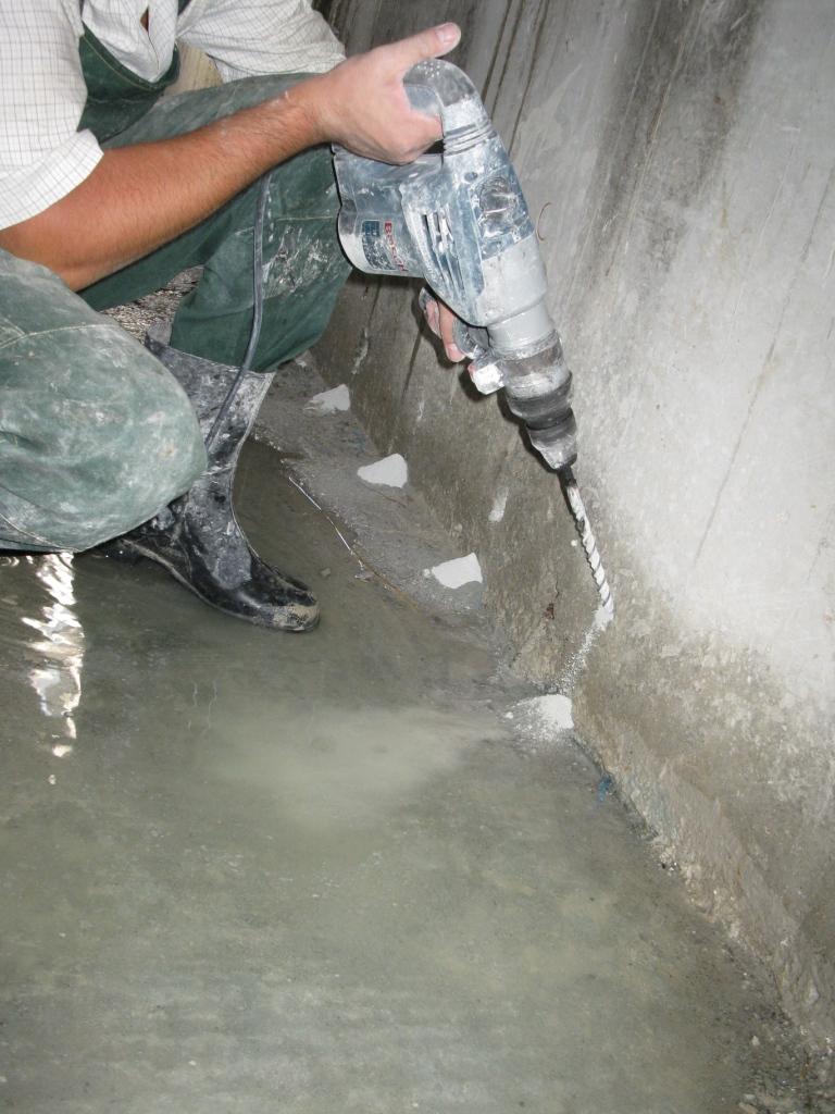 Гидроизоляция холодных швов  и примыканий инъекционной  гидроизоляцией